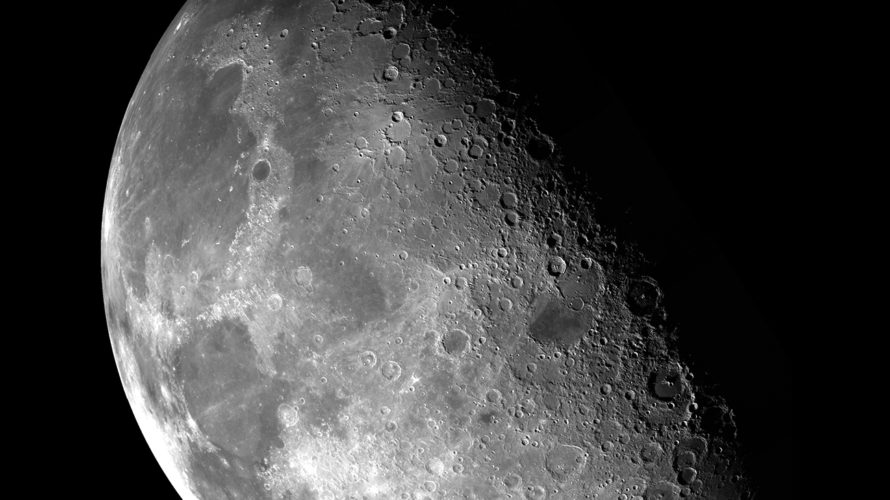 月の真実。月は宇宙人が作った人工物!?