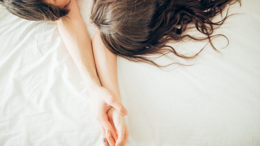 性的な妄想をしたり不倫相手との性行為は、スピ的に罪になるのか?